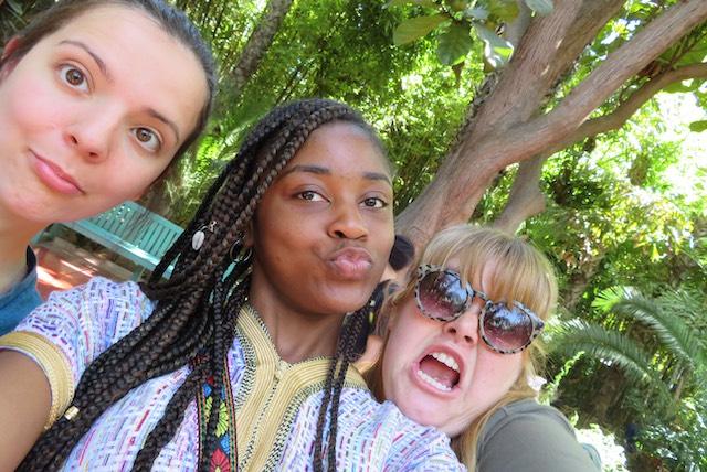 Kayla, Vanesia, and Gina taking a selfie at Jardin Majorelle.