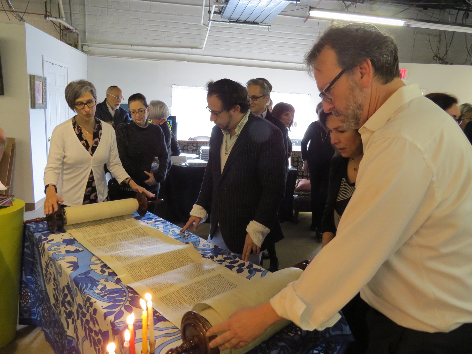 Rabbi Potts and Rabbi Krame unveil the Torah
