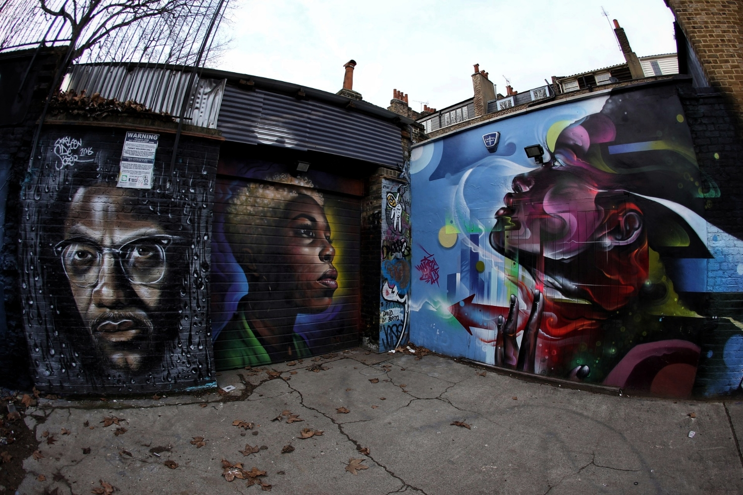 London back alley. Had to avoid stepping on hundreds of empty phials of helium or whatever the kids are doing these days...