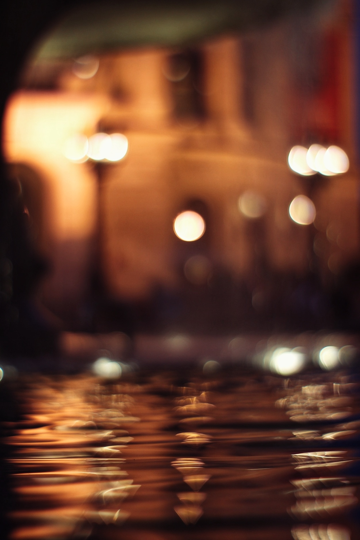 Bokeh on the water