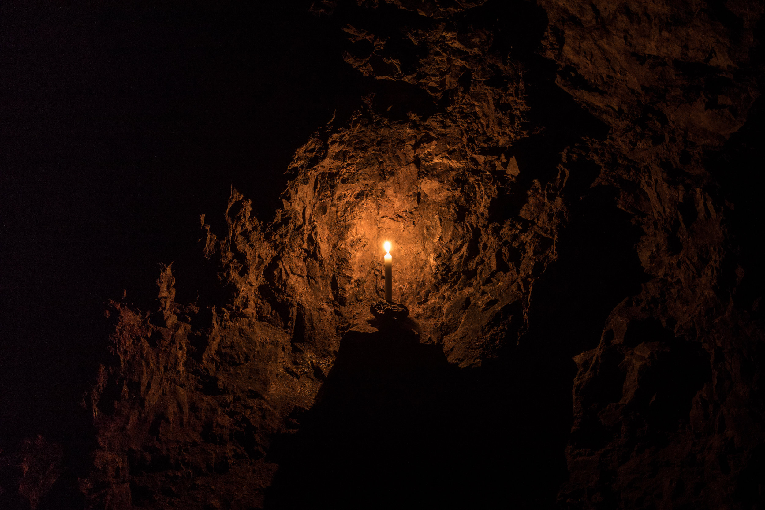 imagine_photography-cheltenham_photography_company-clearwell_caves-caving-lowlight-commercial_photography-agency-marketing-design-1-2.jpg