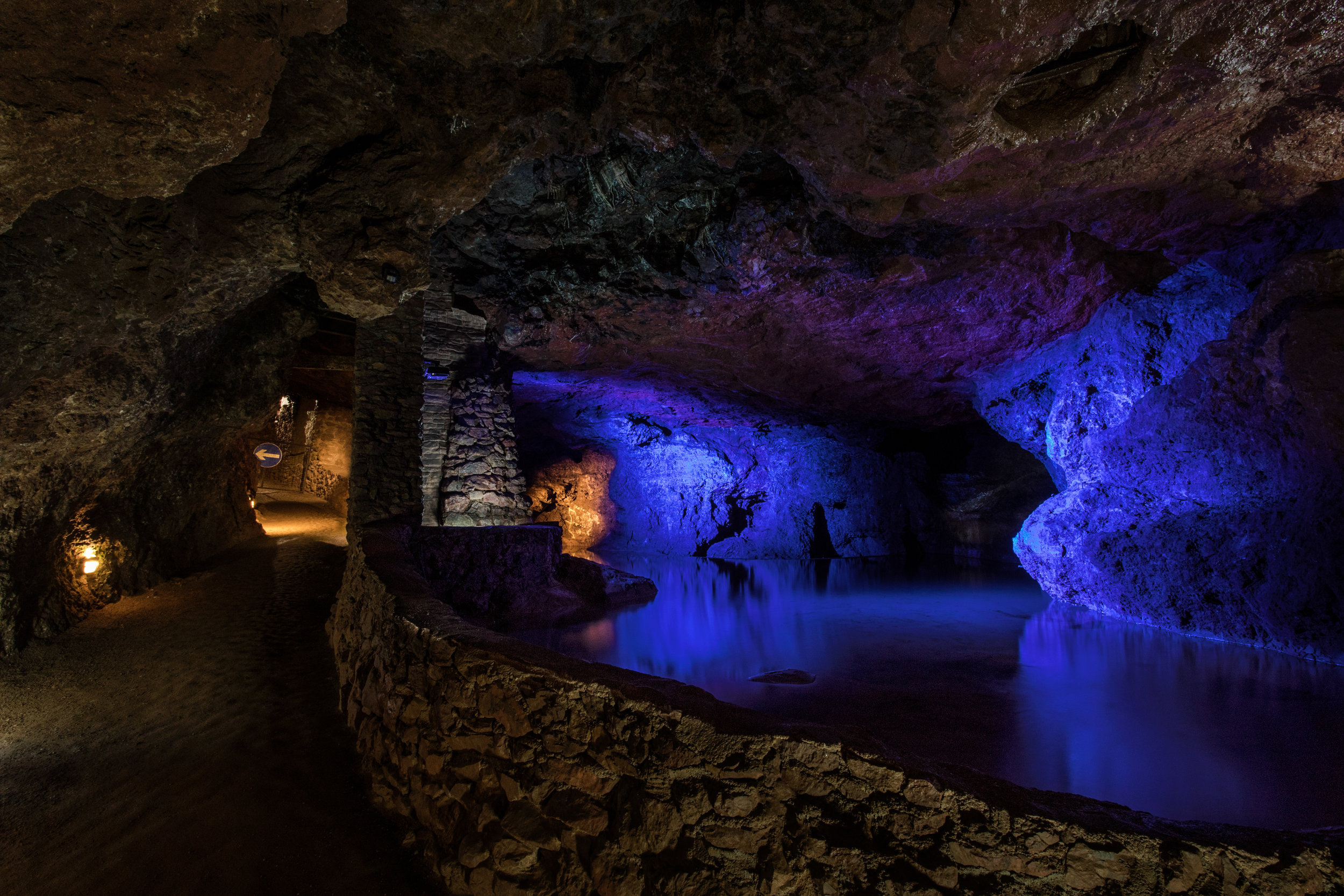 imagine_photography-cheltenham_photography_company-clearwell_caves-caving-lowlight-commercial_photography-agency-marketing-design-1-1.jpg
