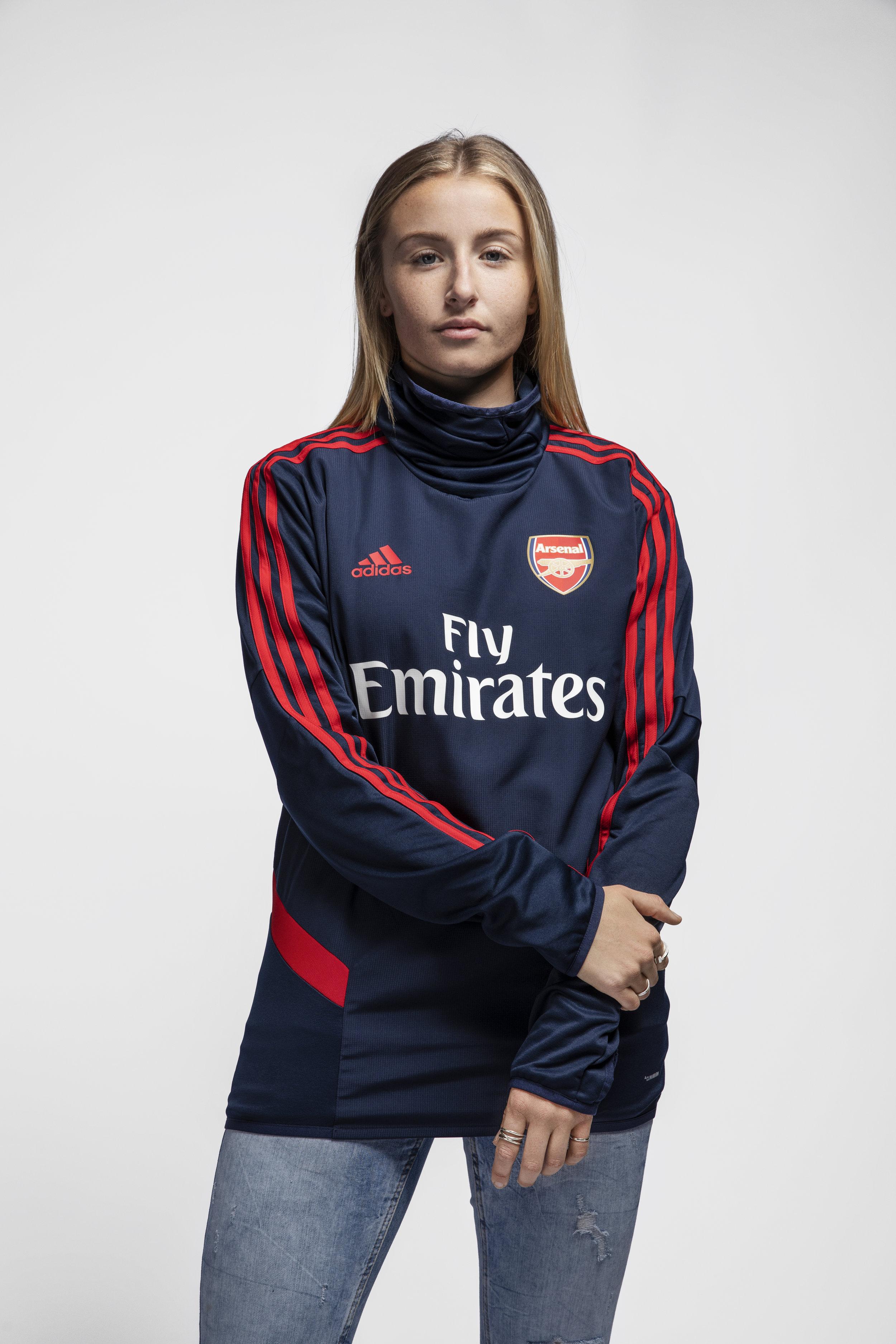 Arsenal Adidas Edited Leah Williamson.jpg
