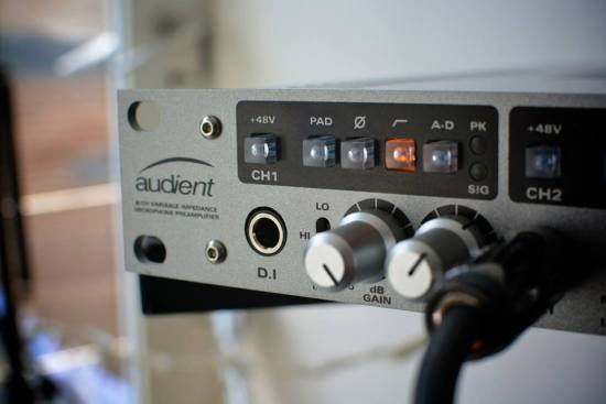 Audient ASP880.jpg