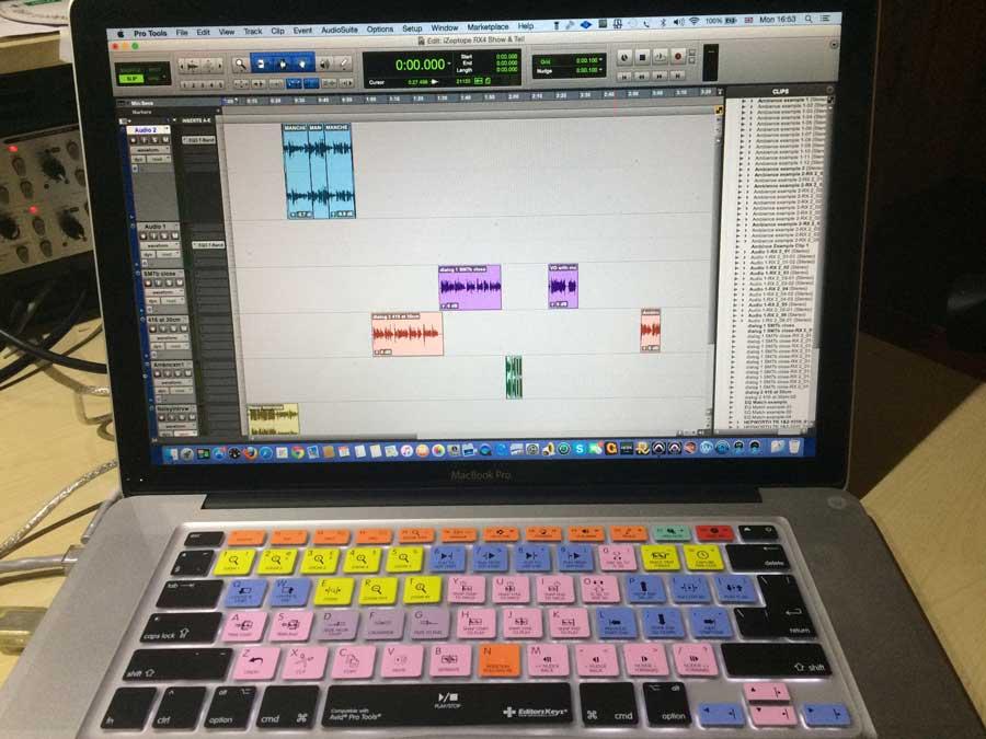 Editors-Keys-MacBook-Pro-Tool-Overlay-3.jpg