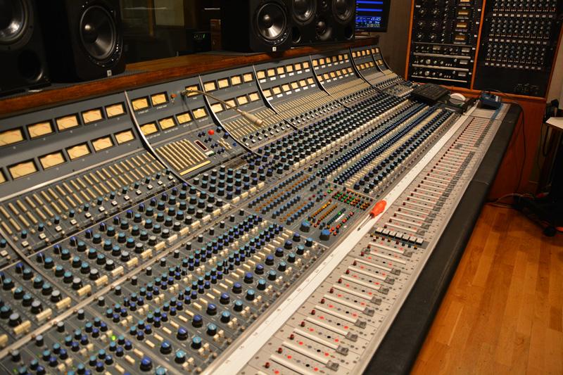 The hybrid Neve console in Studio B