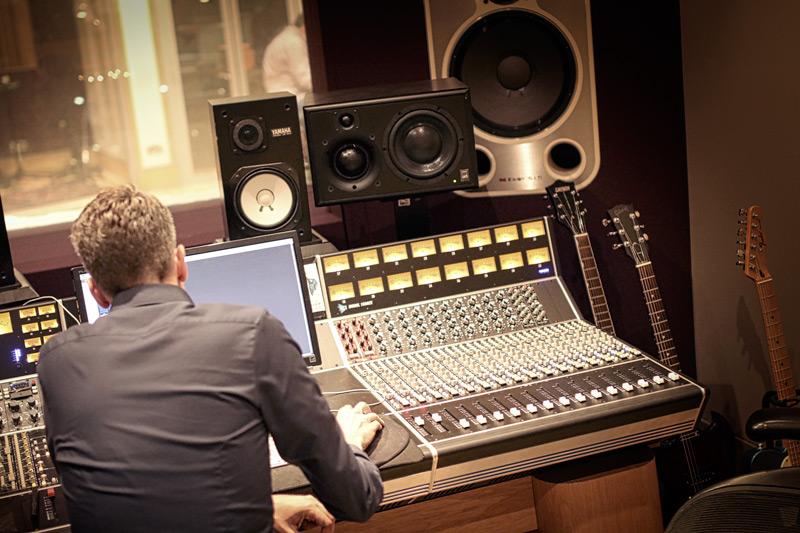 kore-studios-london-townsend-labs-event-listening-test-sphere.jpg