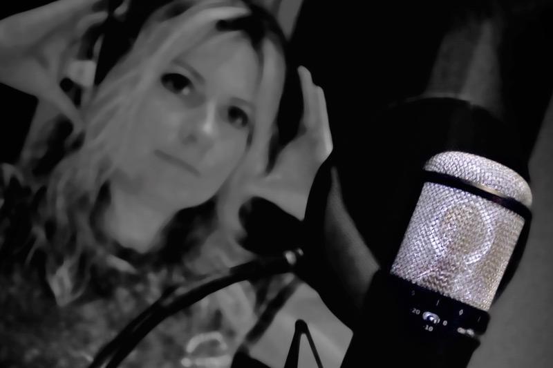 sphere-3d-microphone-by-townsend-labs-georgie.jpg