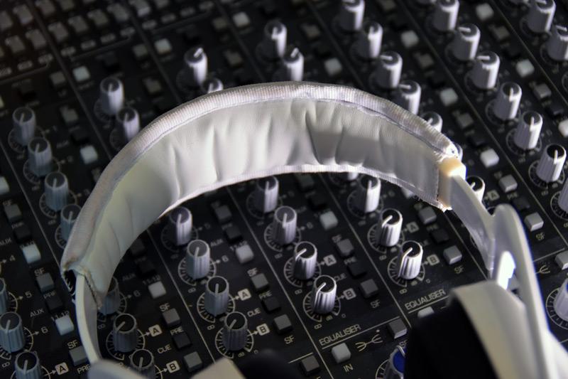 Review-EX-29-Headband.jpg