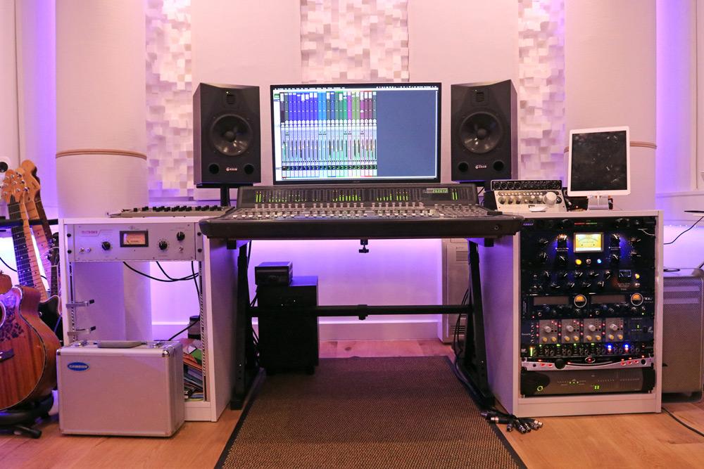 standing-waves-studio-acoustic-subwoofer-sonarworks-speaker-calibration-reference-4-software.jpg