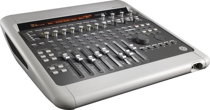 digi-003-factory-pro-tools-control-surface-front.jpg
