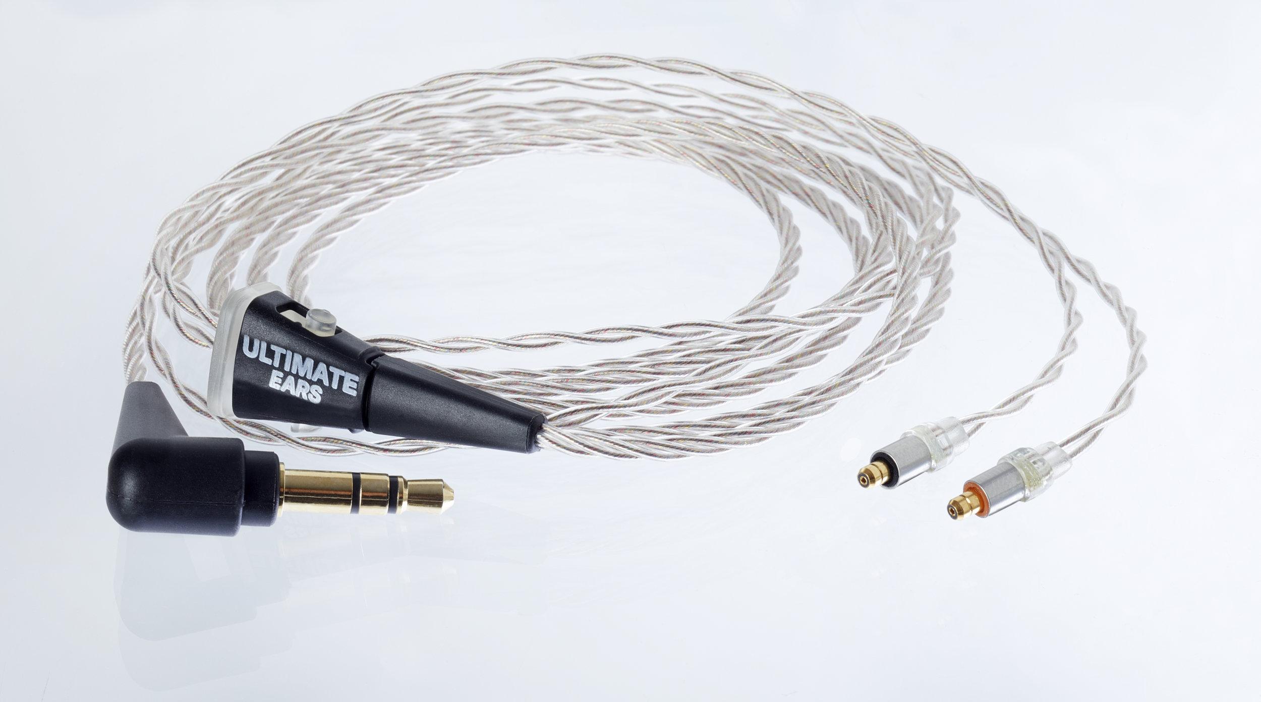 Superbax cable.jpg