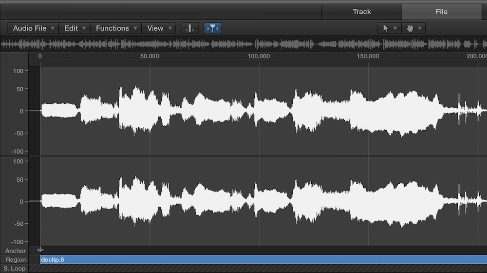 a waveform of a distorted vocal after using izotope de-clip