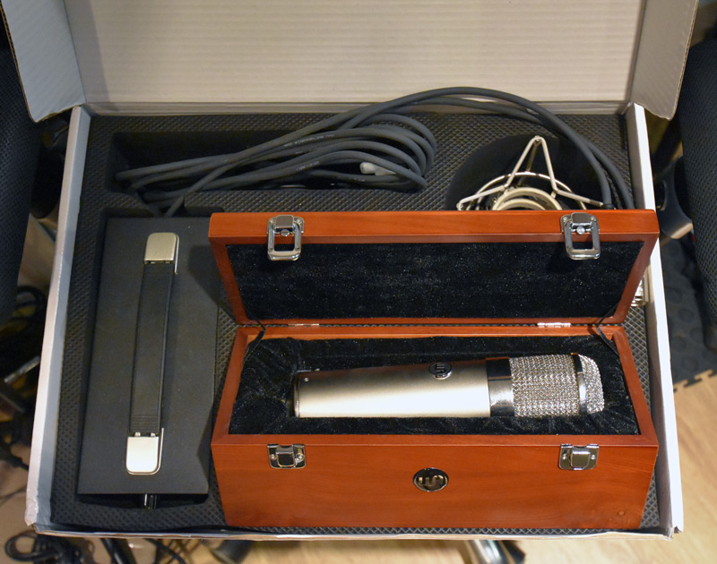 Warm Audio WA-47 With Cable, PSU & Shock Mount In Box
