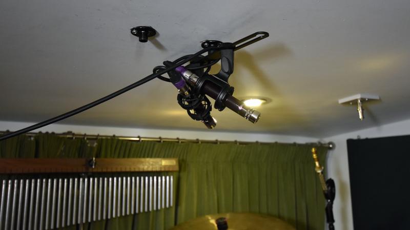 Pair of Vanguard V1S microphones on Drum Overheads in X/Y.