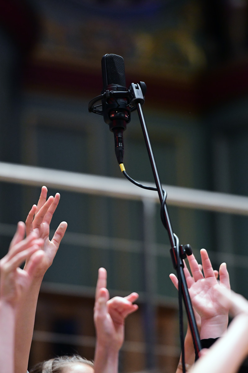 A pair of Audio-Technica AT4050 microphones in out Choir mid position.