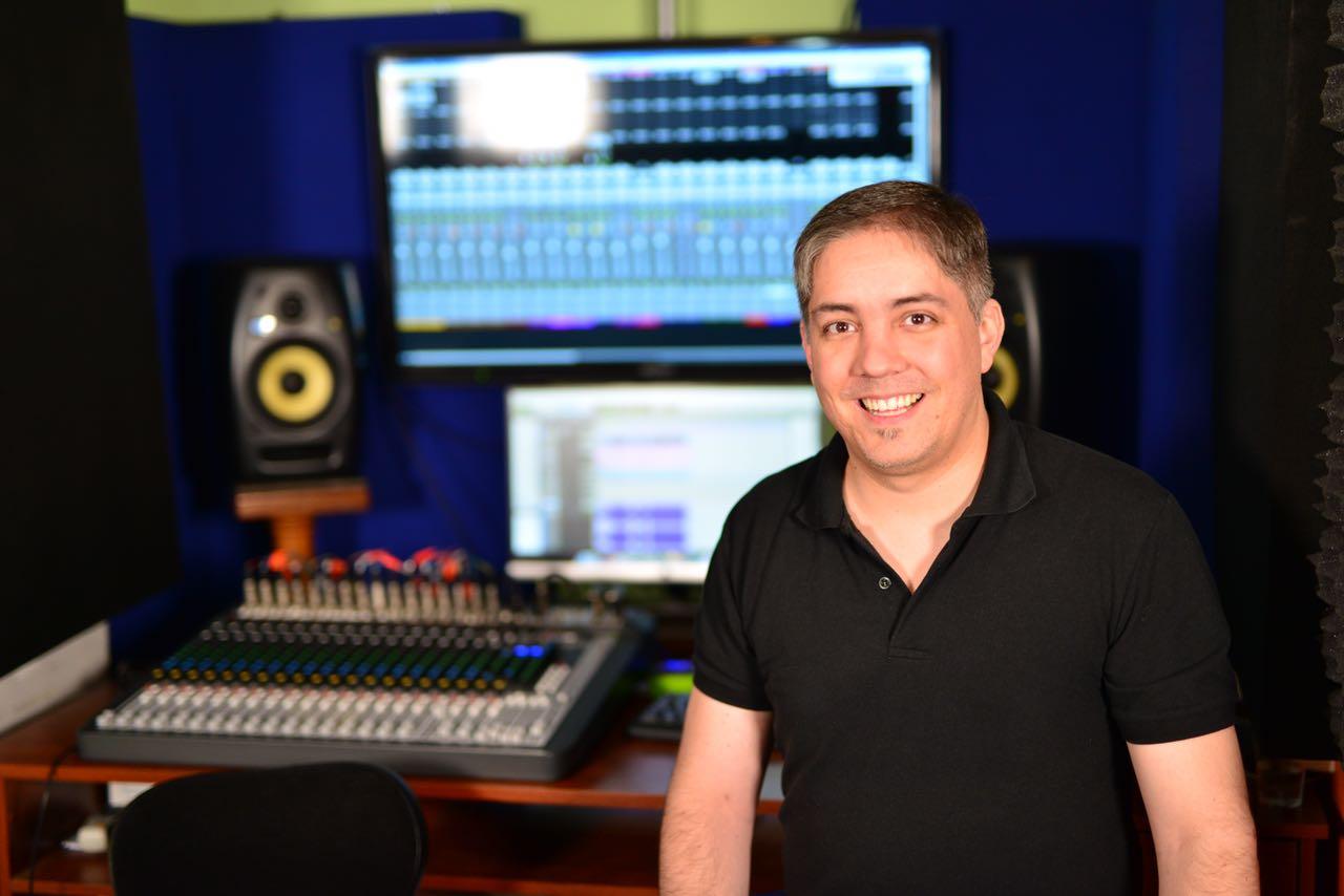 Erick Protz In his studio