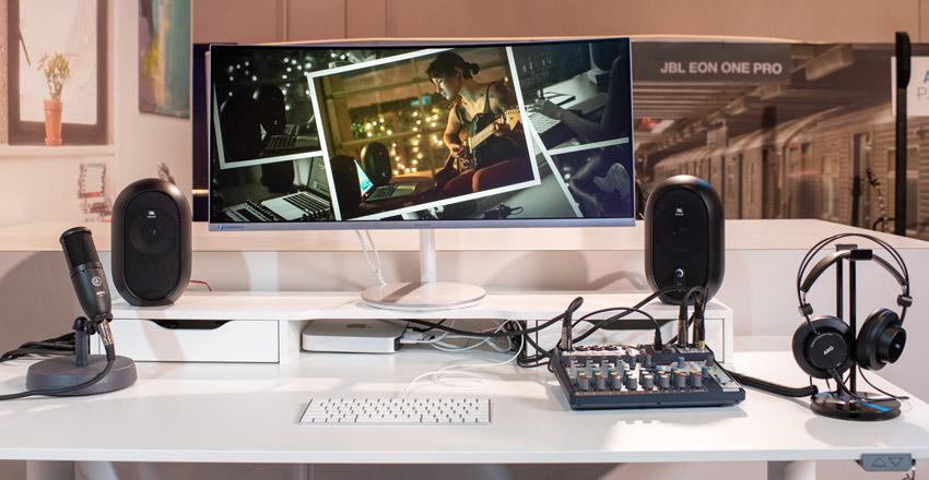 JBL 104 reference monitor