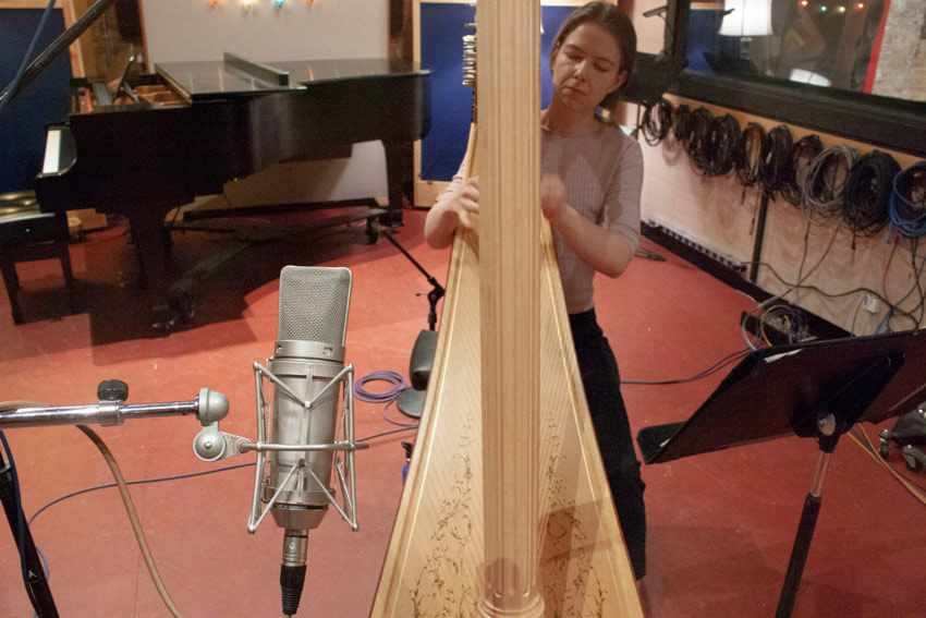 Recording a Harp With A Single Large Diaphragm Condenser Mic