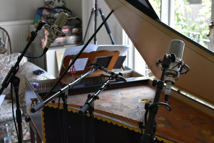 Harpsichord-Body-Mics-2.jpg