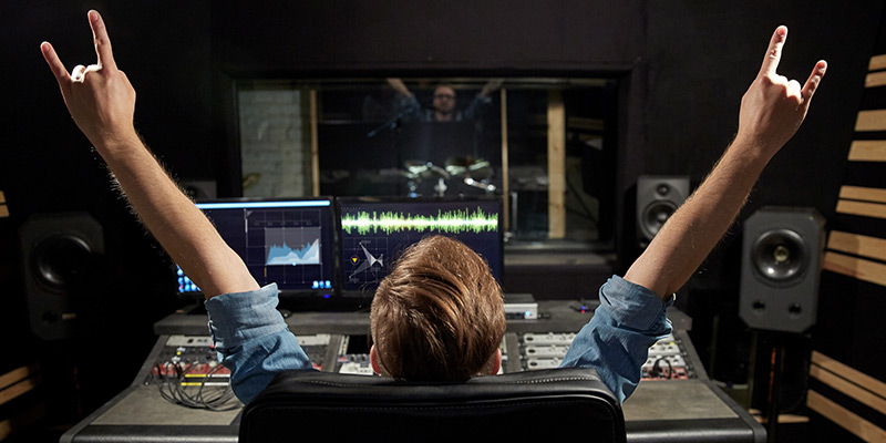 is-it-wrong-to-mix-at-loud-volumes-in-my-recording-studio-.jpg
