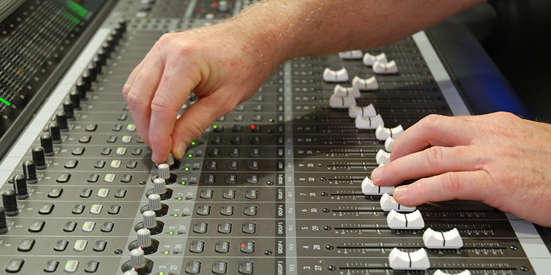 what-are-the-best-go-to-methods-for-recording-and-mixing-.jpg