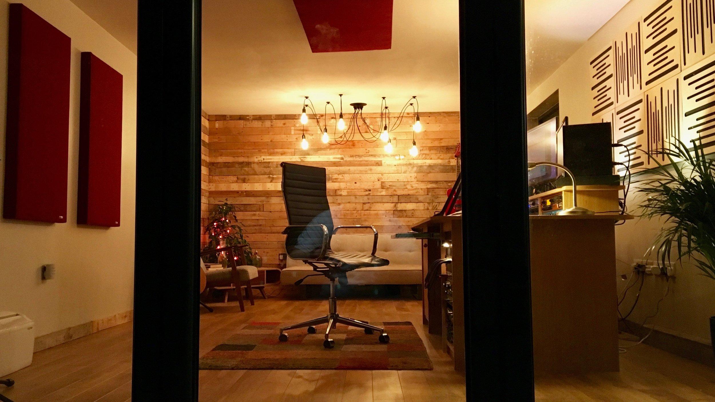 Studio+Glazing+4.jpg