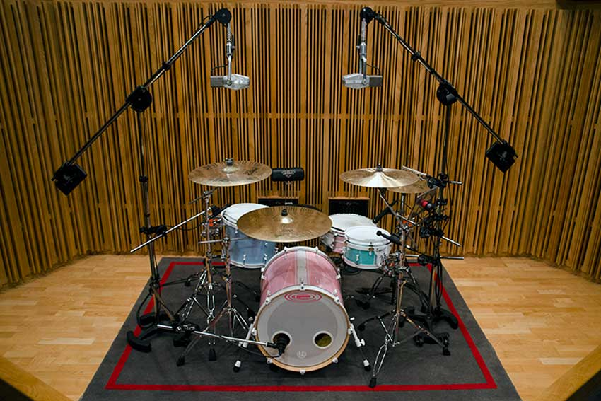 LatchLake stands on a drum kit. Just 2 main stands support every mic on the kit.