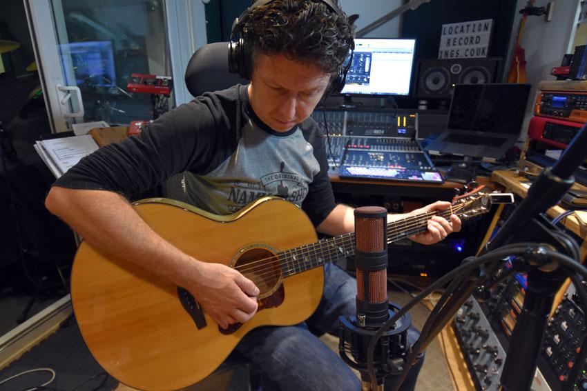 Using the Antelope Audio Edge Quadro to recording acoustic guitar.