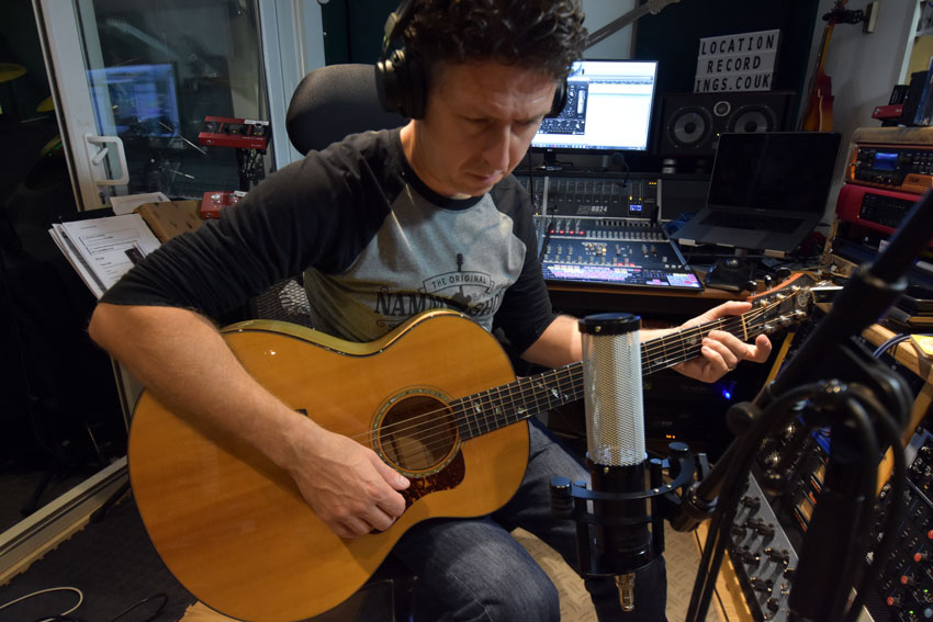 Using the Sontronics Delta 2 ribbon microphone to record acoustic guitar.