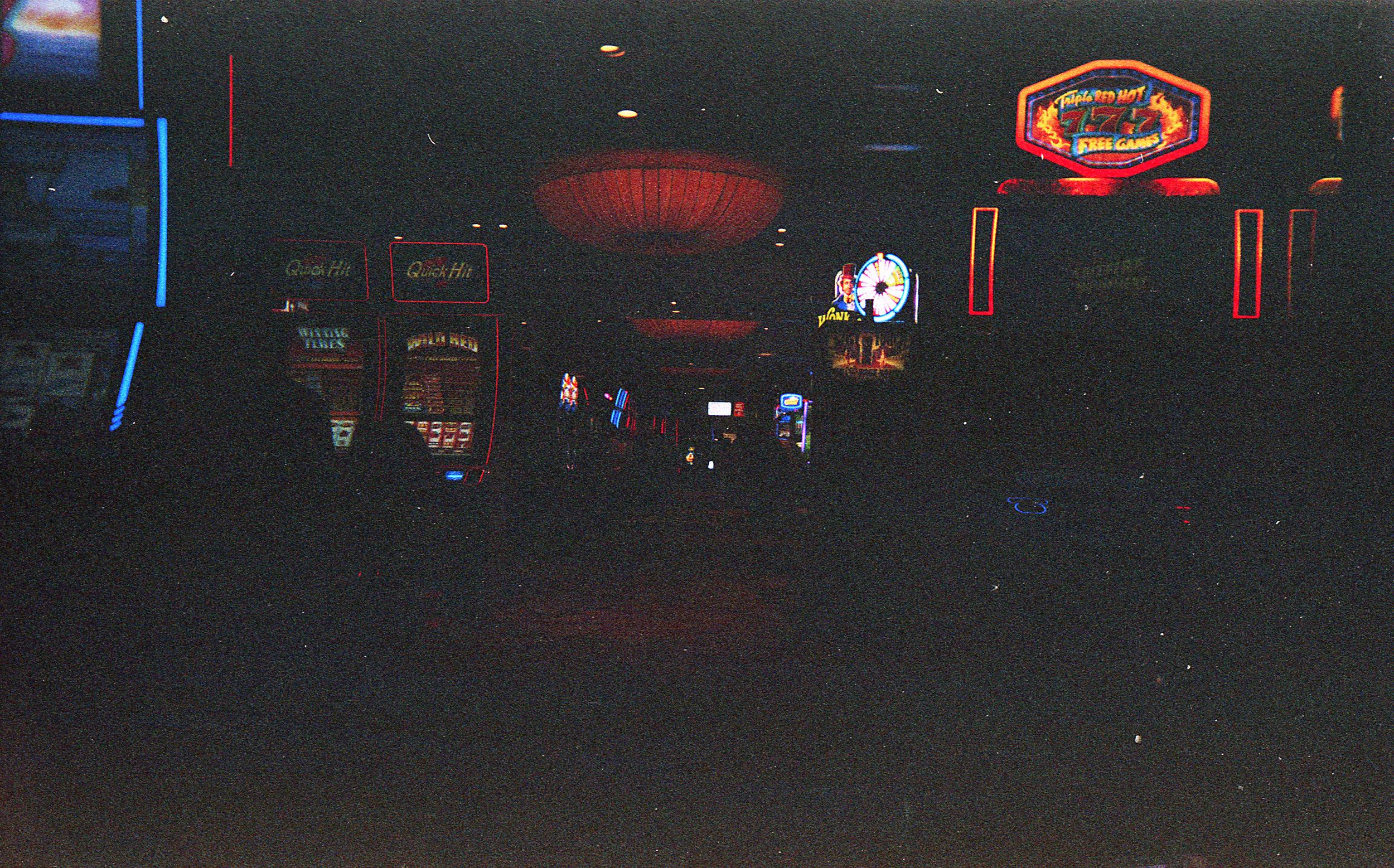 Vegas_Disposable026.jpg