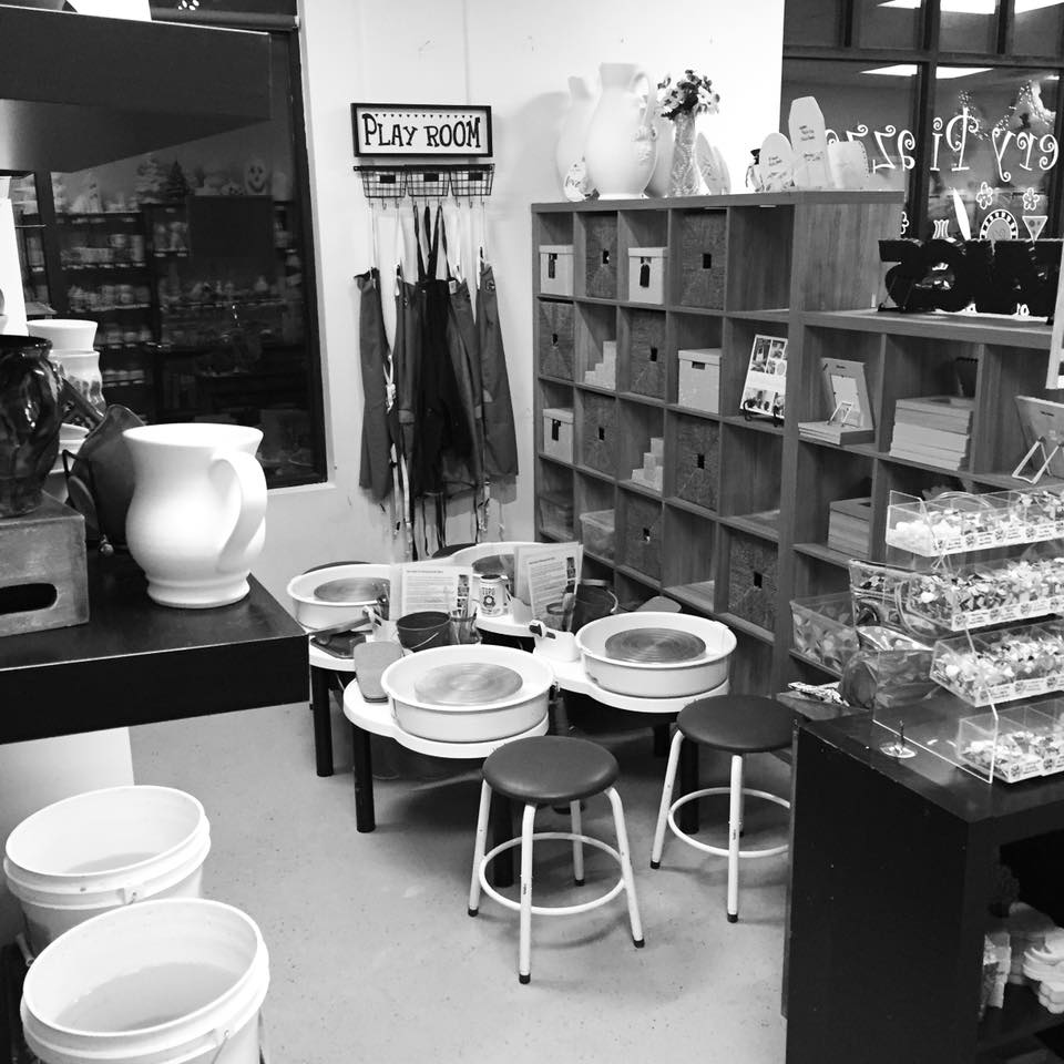 pottery wheel throwing play room