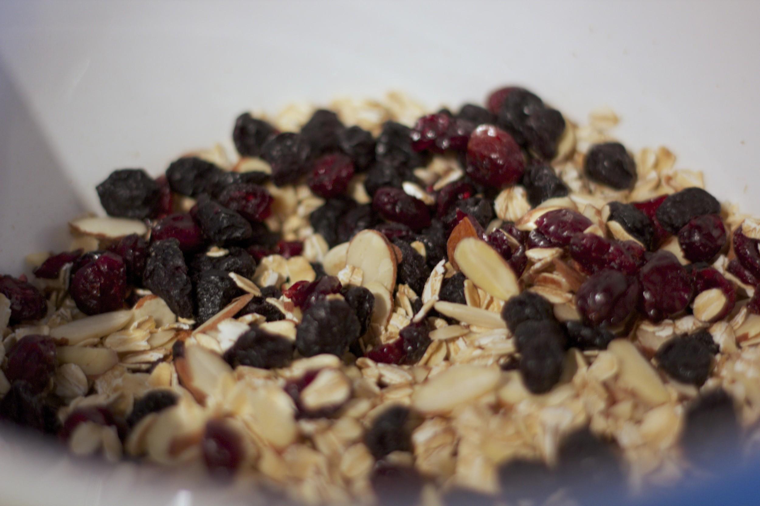 dallas-dietitian-granola-05.jpg