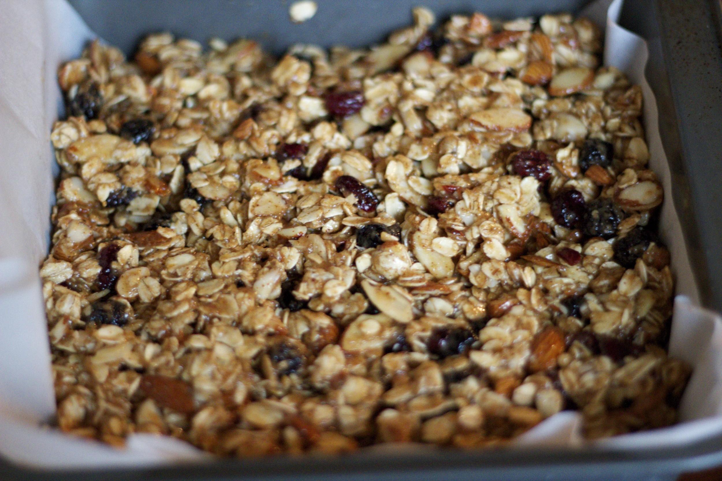 dallas-dietitian-granola-03.jpg