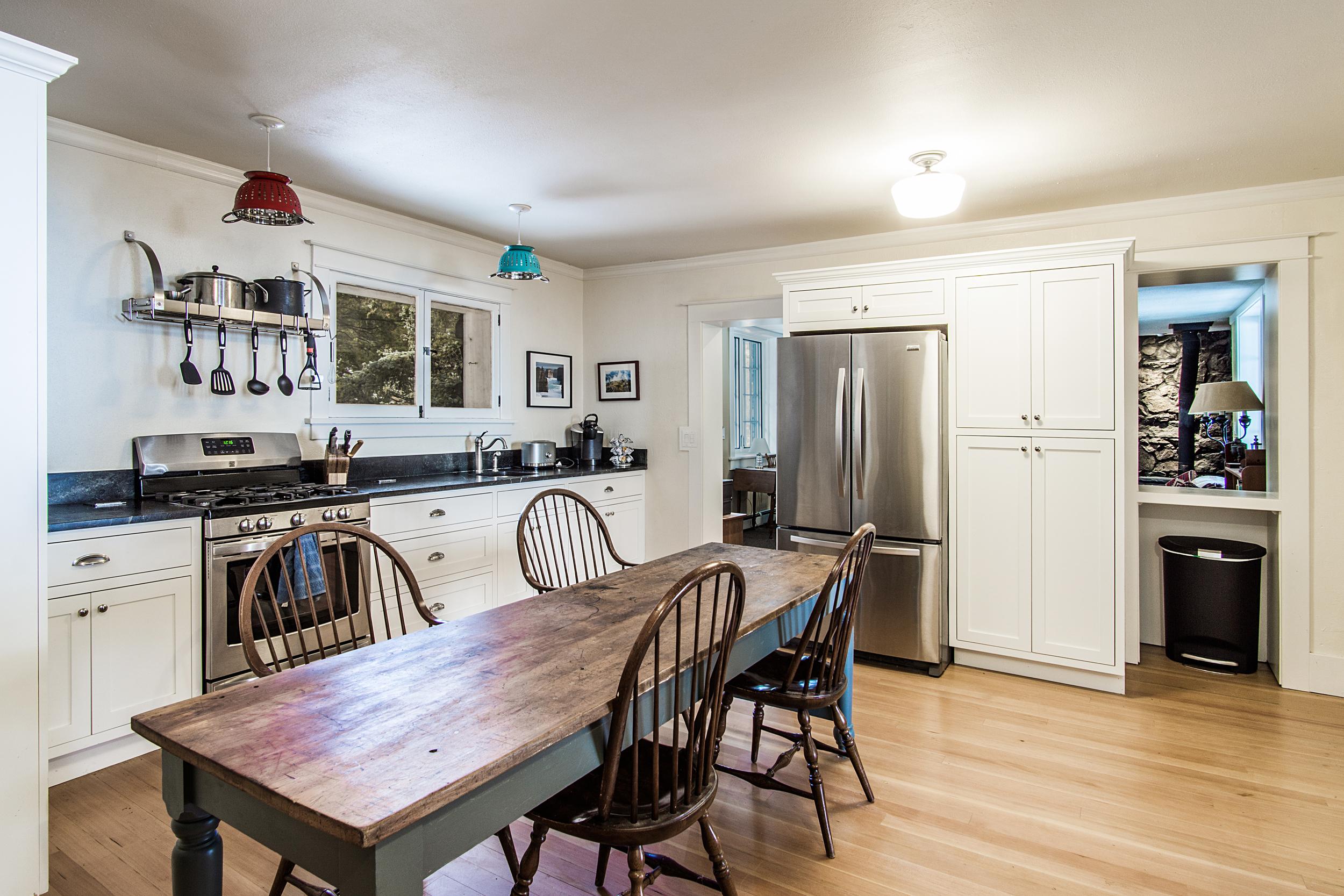 Kitchen_high_2142171.jpg