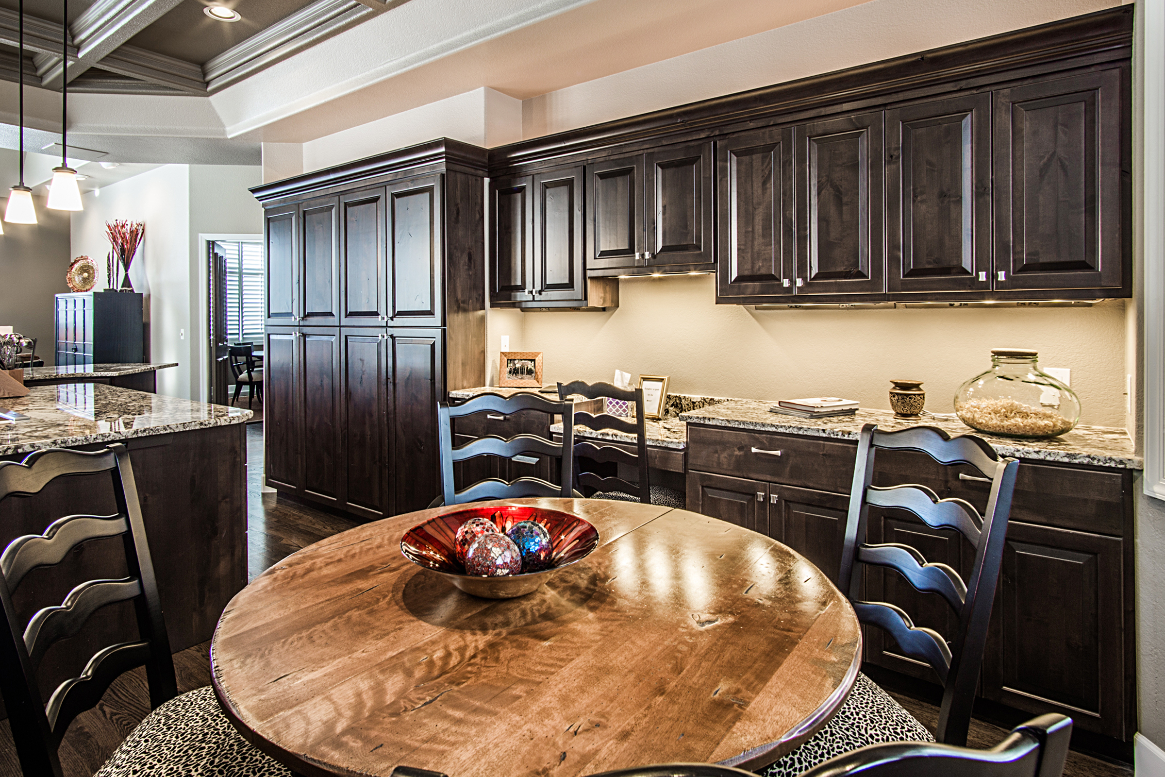 Kitchen_high_2142586.jpg