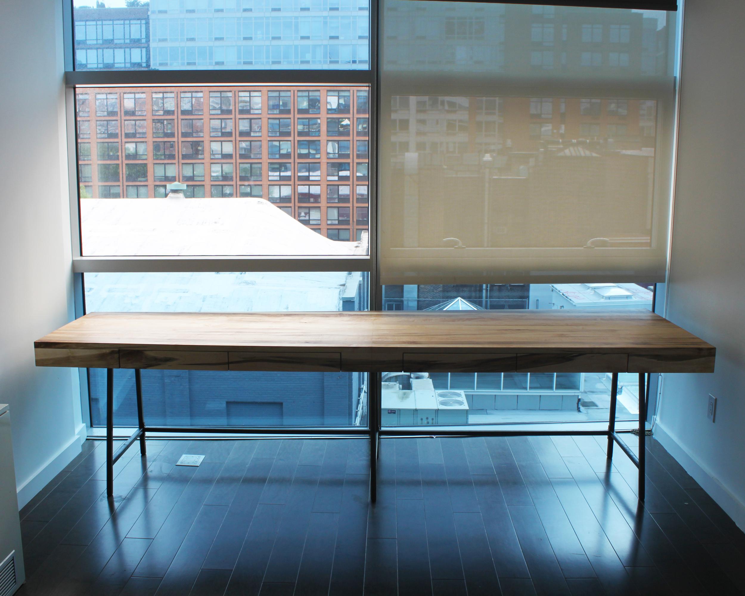 Chelsea Desk