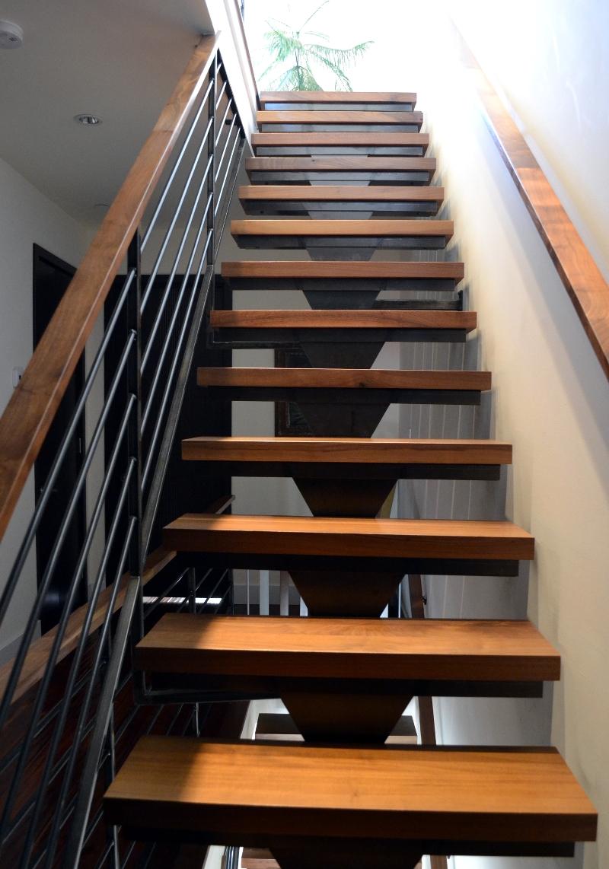 Shankman Stairs 7.jpg