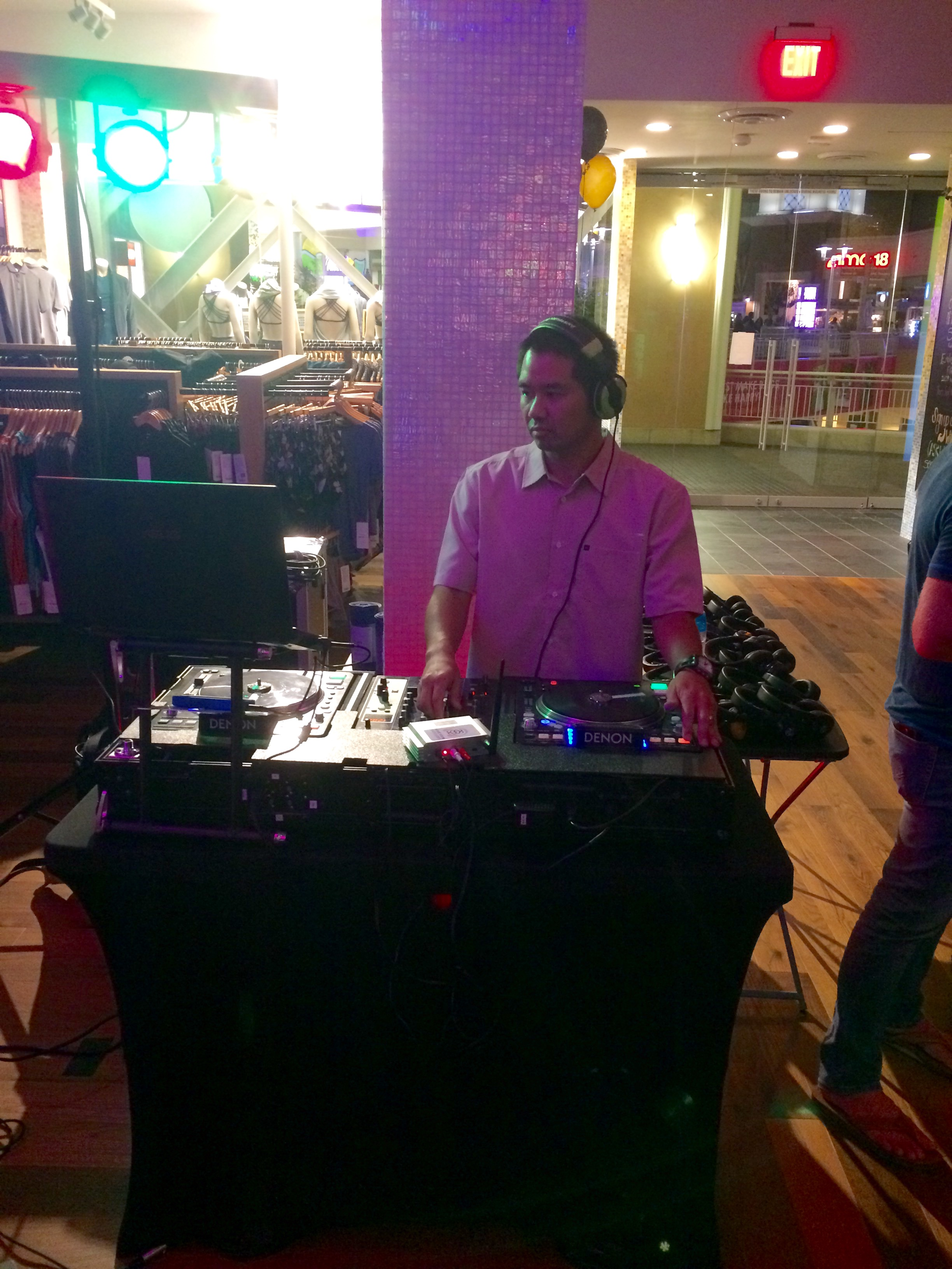 Providing music for Lululemon Fashion Valley's one year anniversary.