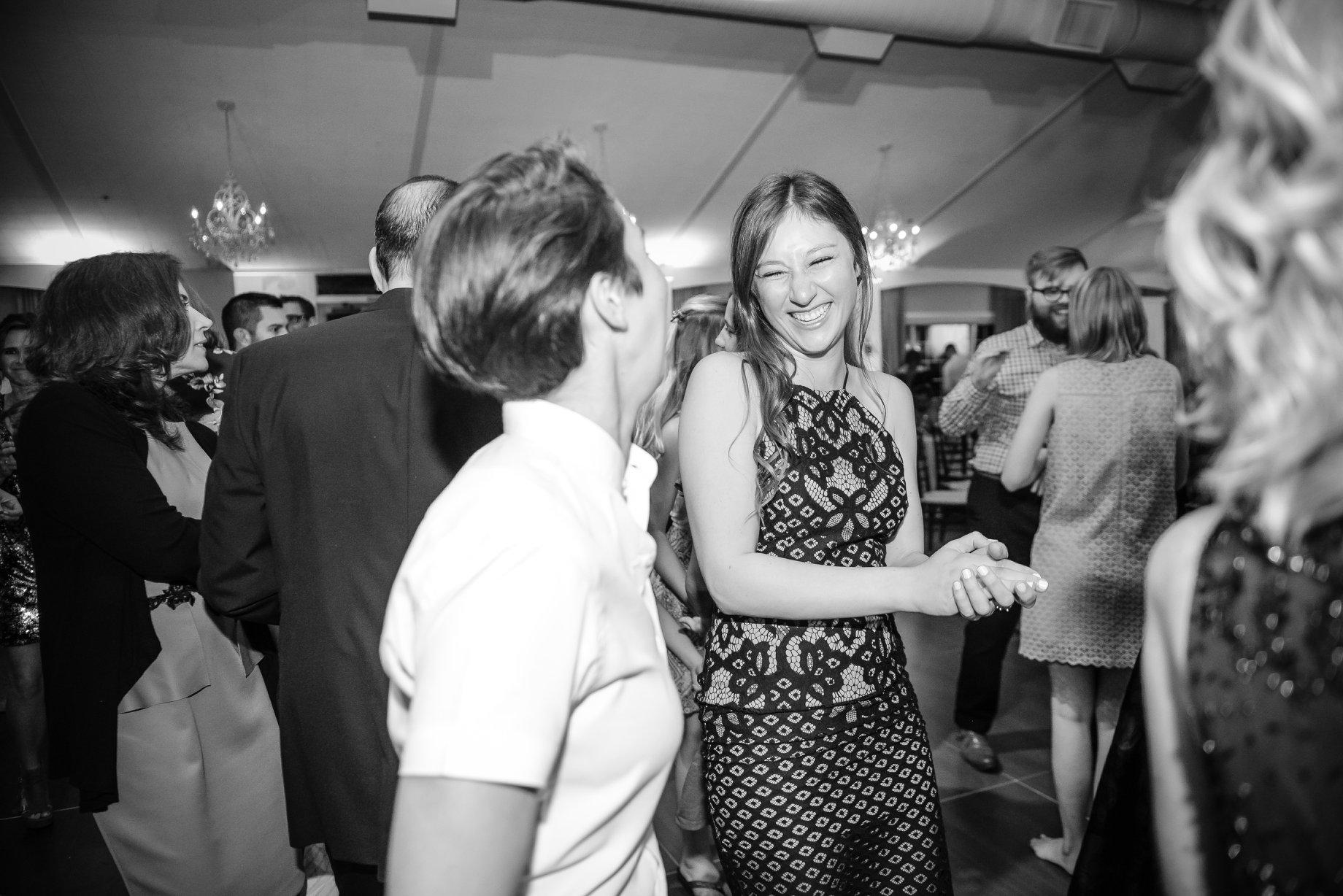 djkanoya_pontewinery-wedding-johnston-dance_bw.jpg