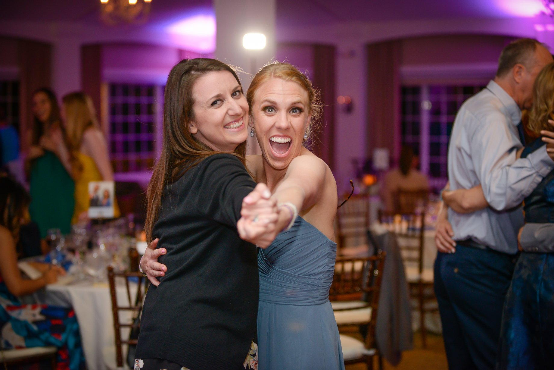 djkanoya_pontewinery-wedding-johnston-dance_girls.jpg