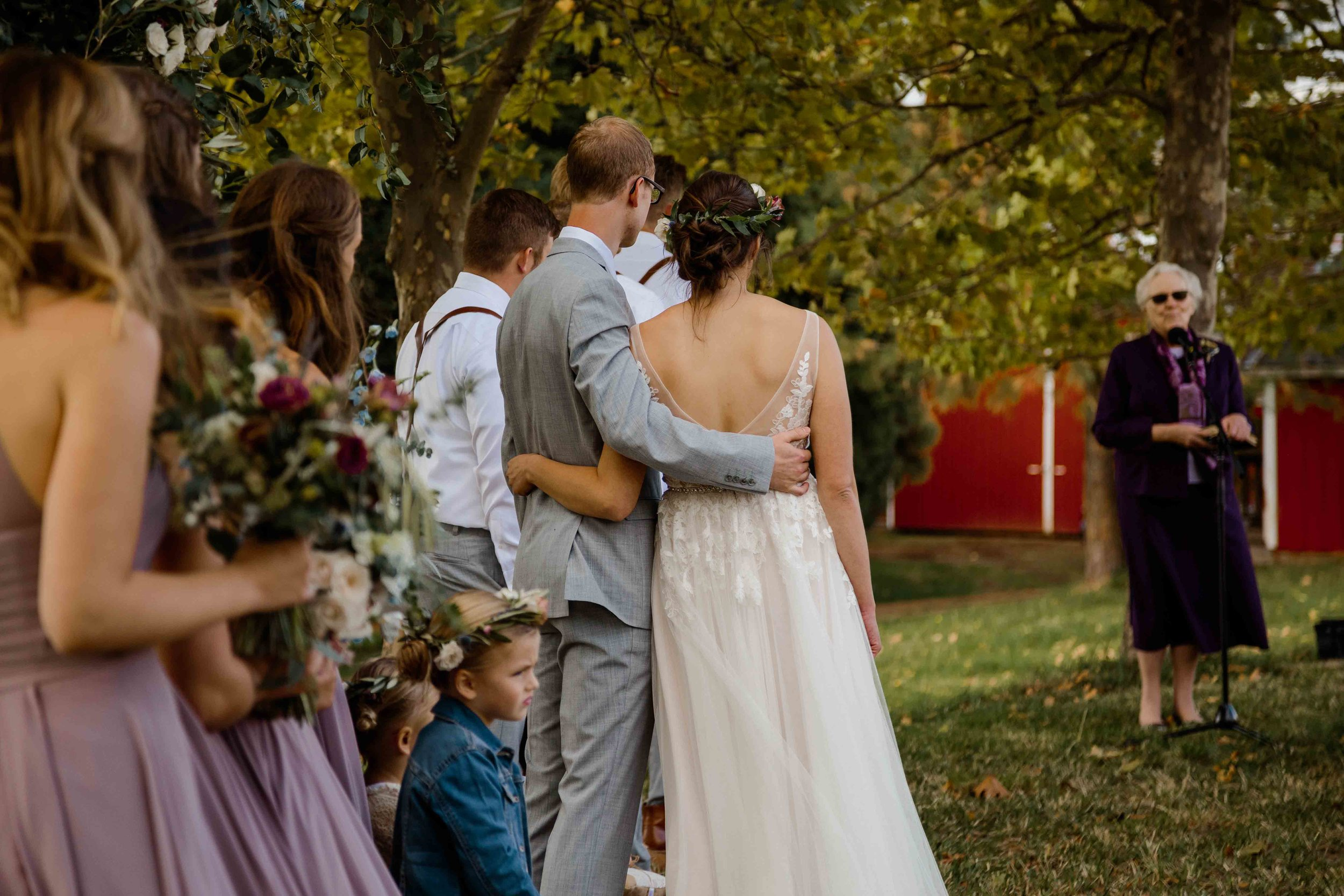vineyard wedding summer fall oregon corgi rustic wedding-65.jpg