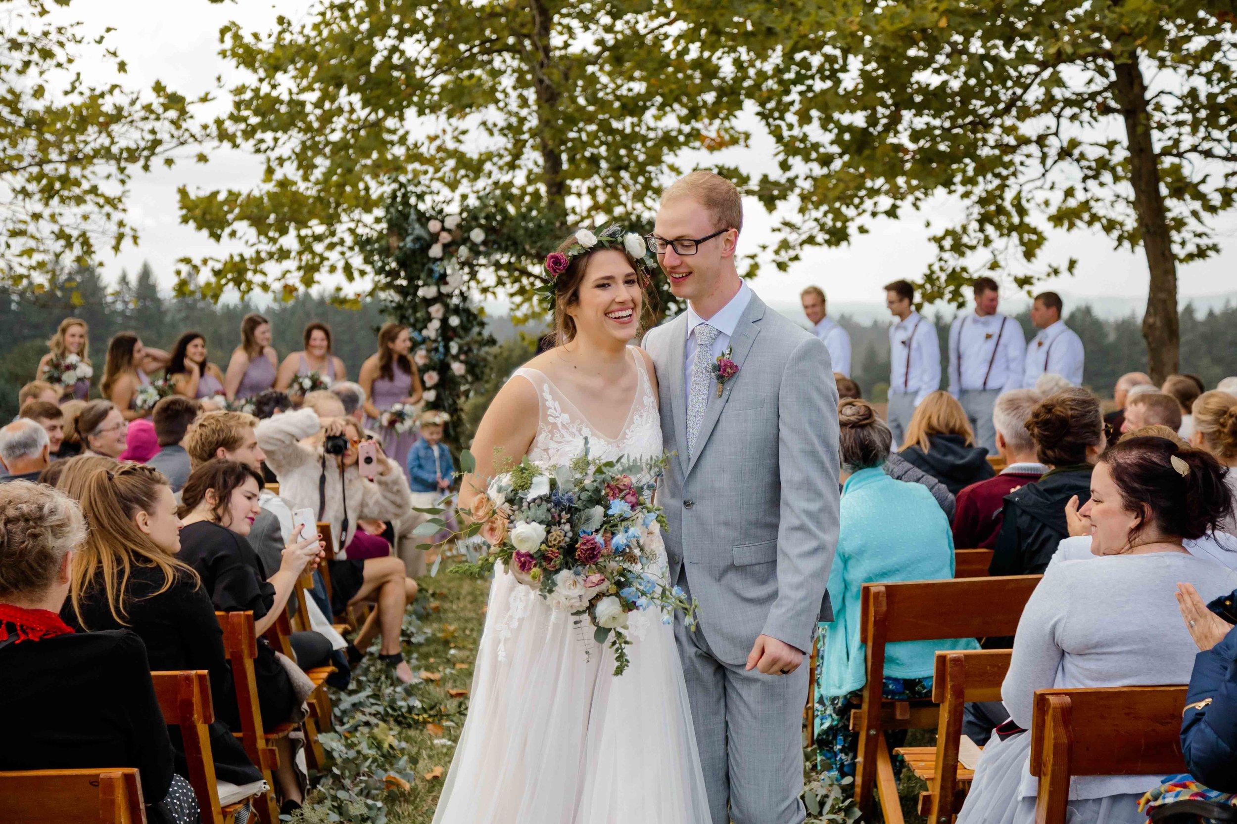 vineyard wedding summer fall oregon corgi rustic wedding-69.jpg
