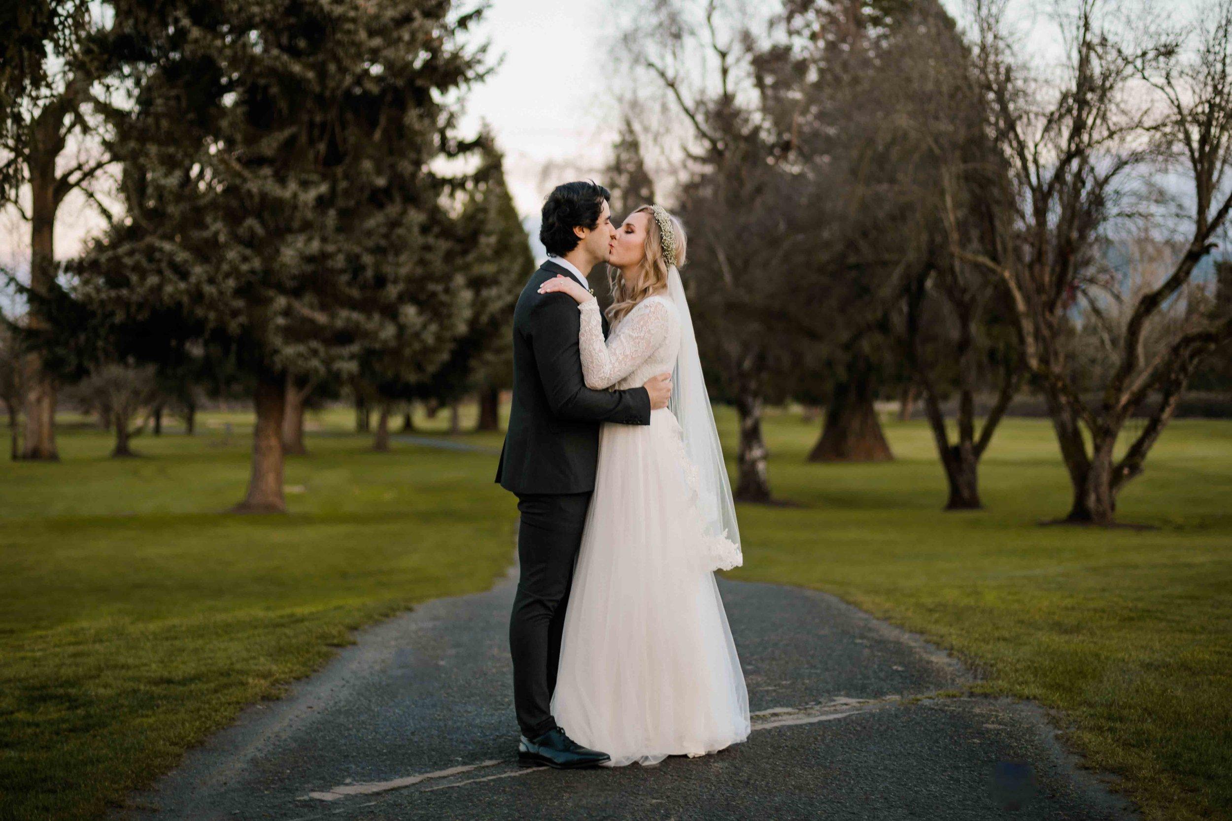 Emerald Valley Golf Club Wedding Oregon Winter Wedding-75.jpg