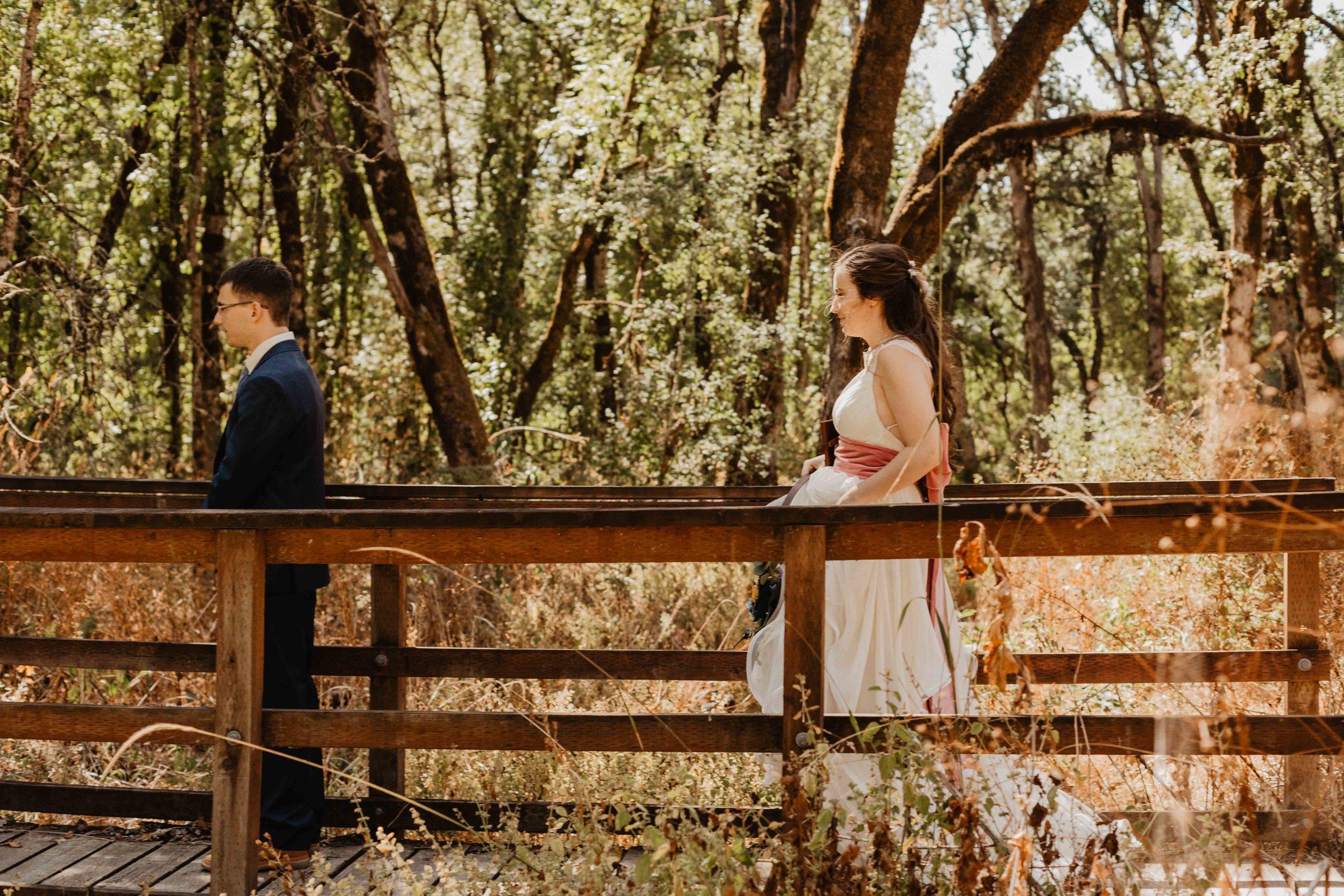 dorris ranch wedding - oregon wedding photographer - eugene wedding photographer-204.jpg