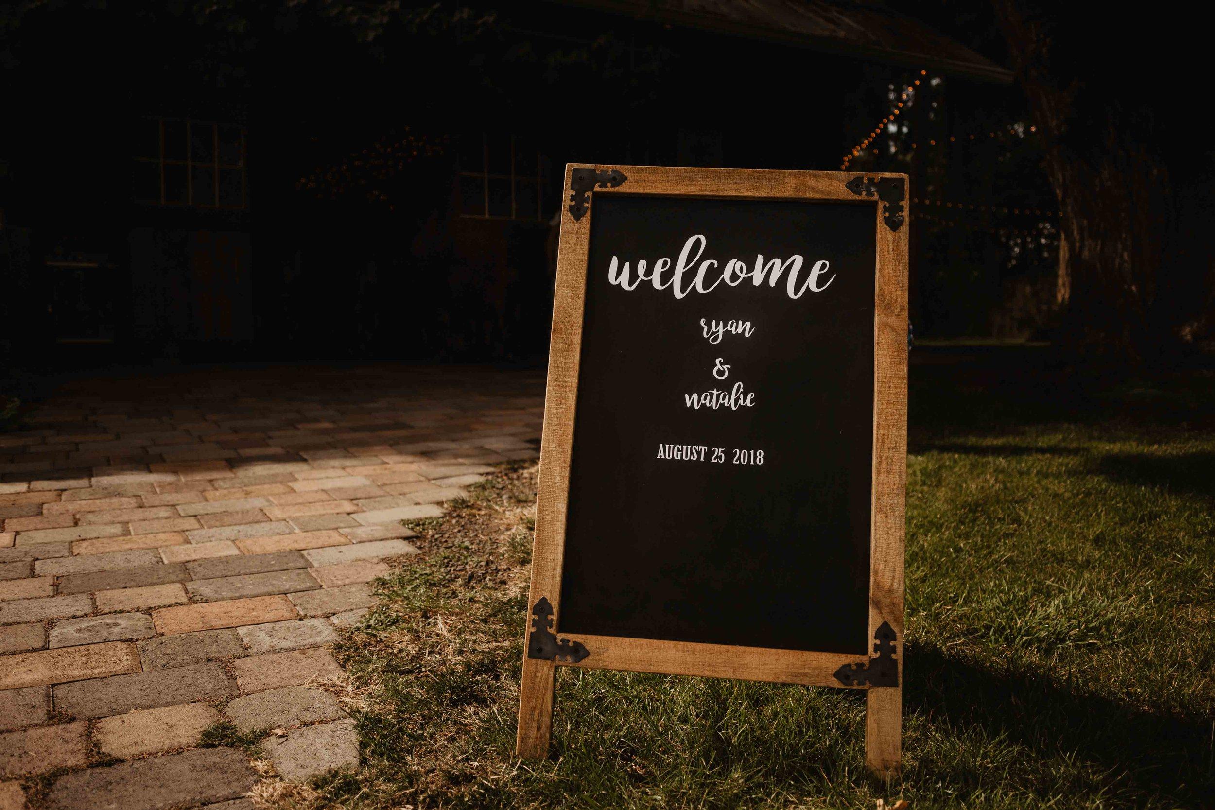 eugene wedding photographer - oregon wedding photographer - outdoor wedding - wedding photographer-8.jpg