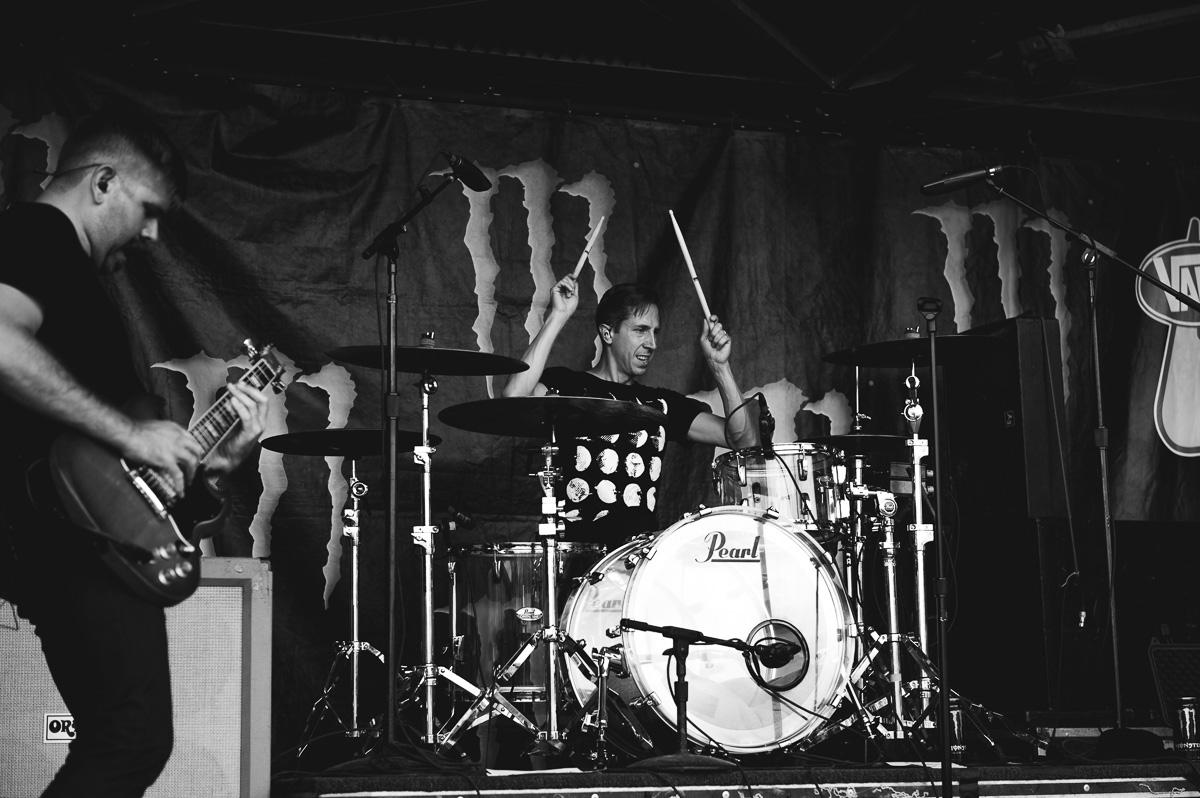 Silverstein_Auburn_Warped_Tour_Nguyen_Tim-9.jpg