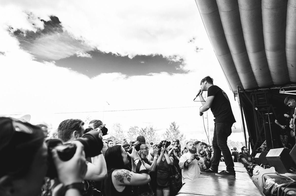 Silverstein_Auburn_Warped_Tour_Nguyen_Tim-12.jpg