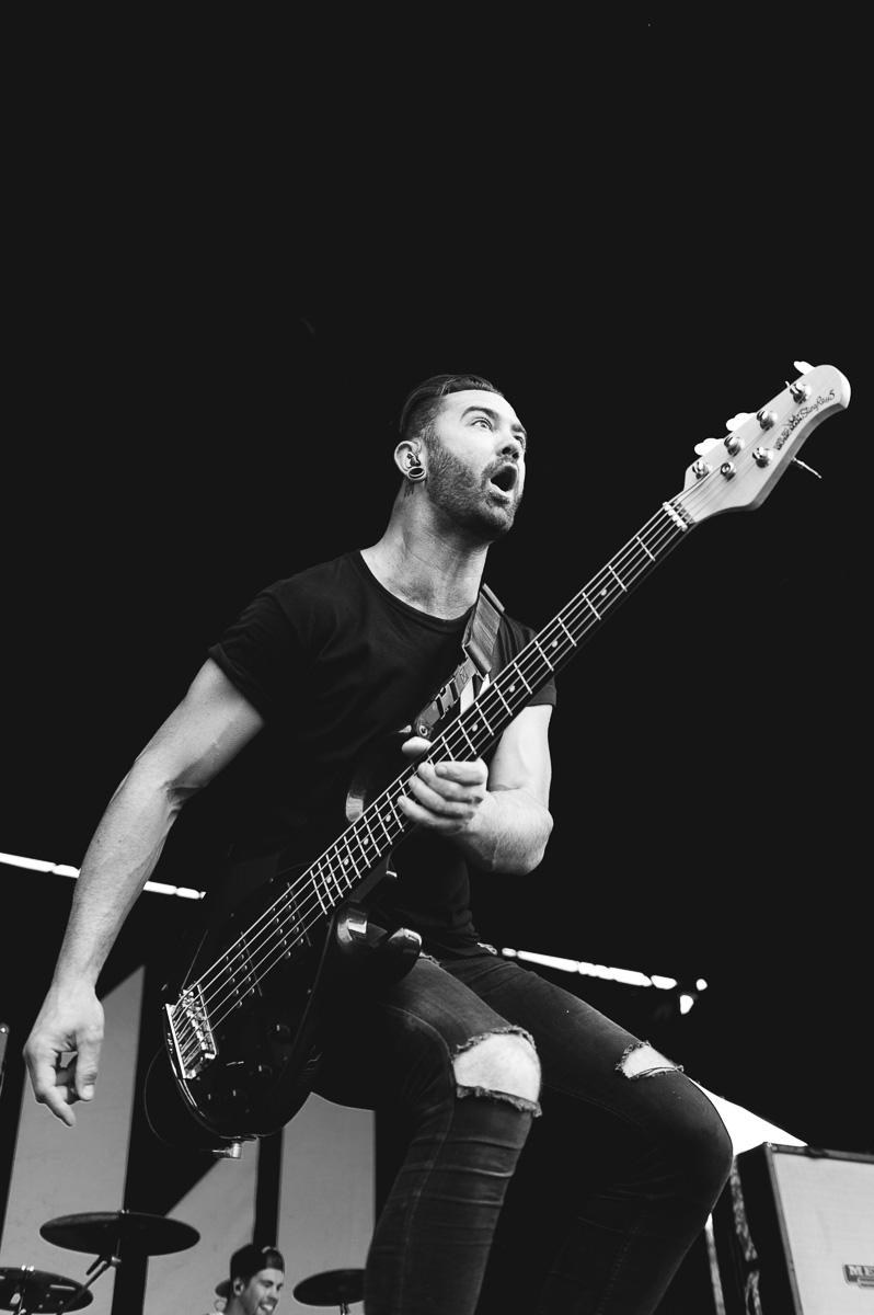 Memphis_May_Fire_Auburn_Warped_Tour_Nguyen_Tim-8.jpg