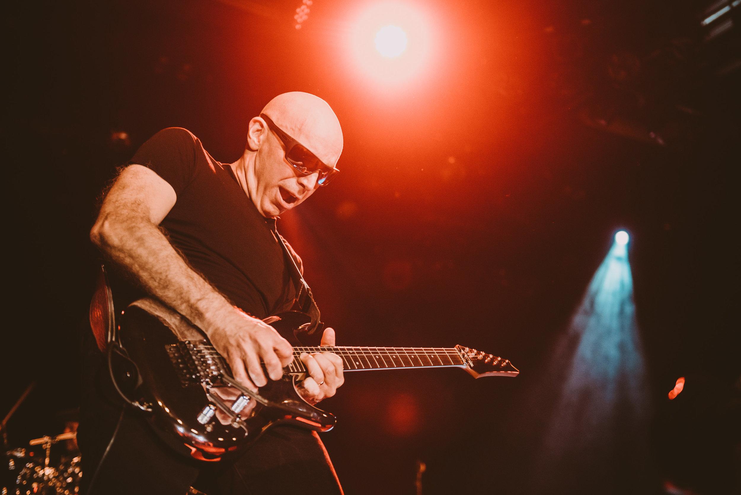 1_Joe_Satriani-Commodore_Ballroom-Timothy_Nguyen-20180602-16.jpg